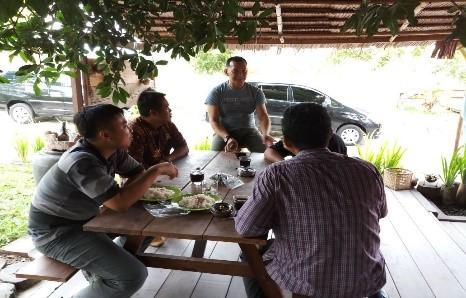 Sosial Ekonomi Budaya di sekitar Kabupaten Natuna Besar